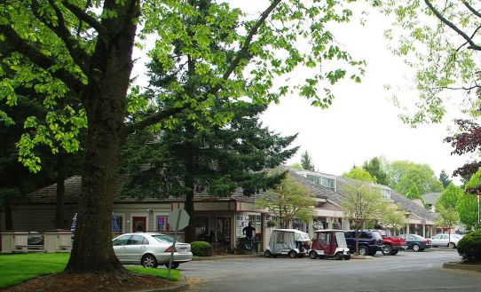 1024px-Charbonneau_Oregon_commercial